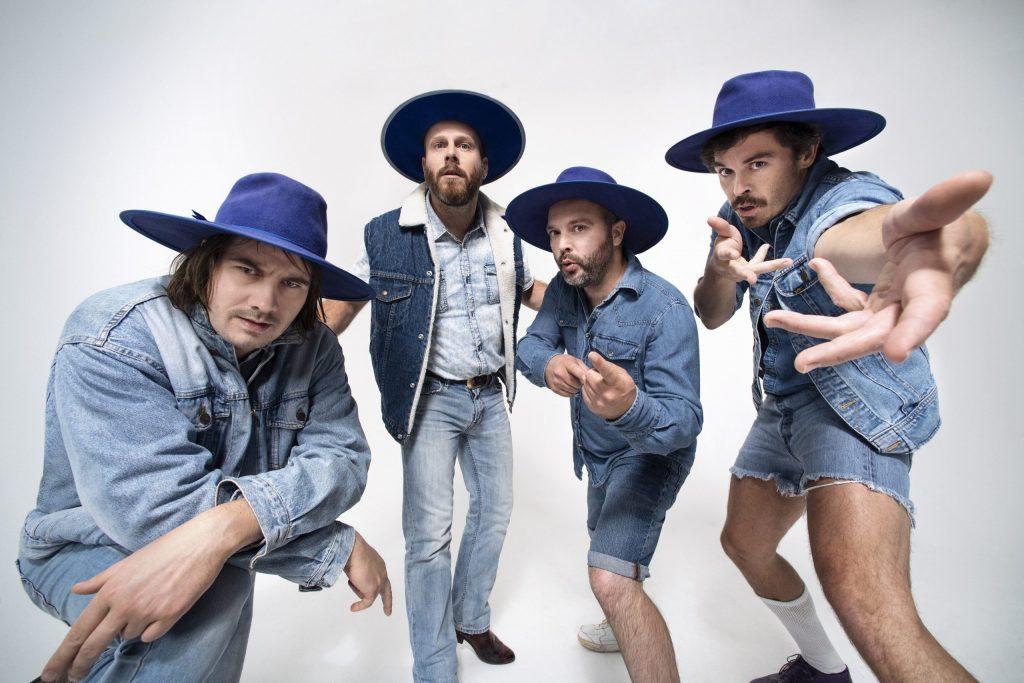 Bleu-Jeans-Bleu-2_Crédit-Pierre-Manning-scaled