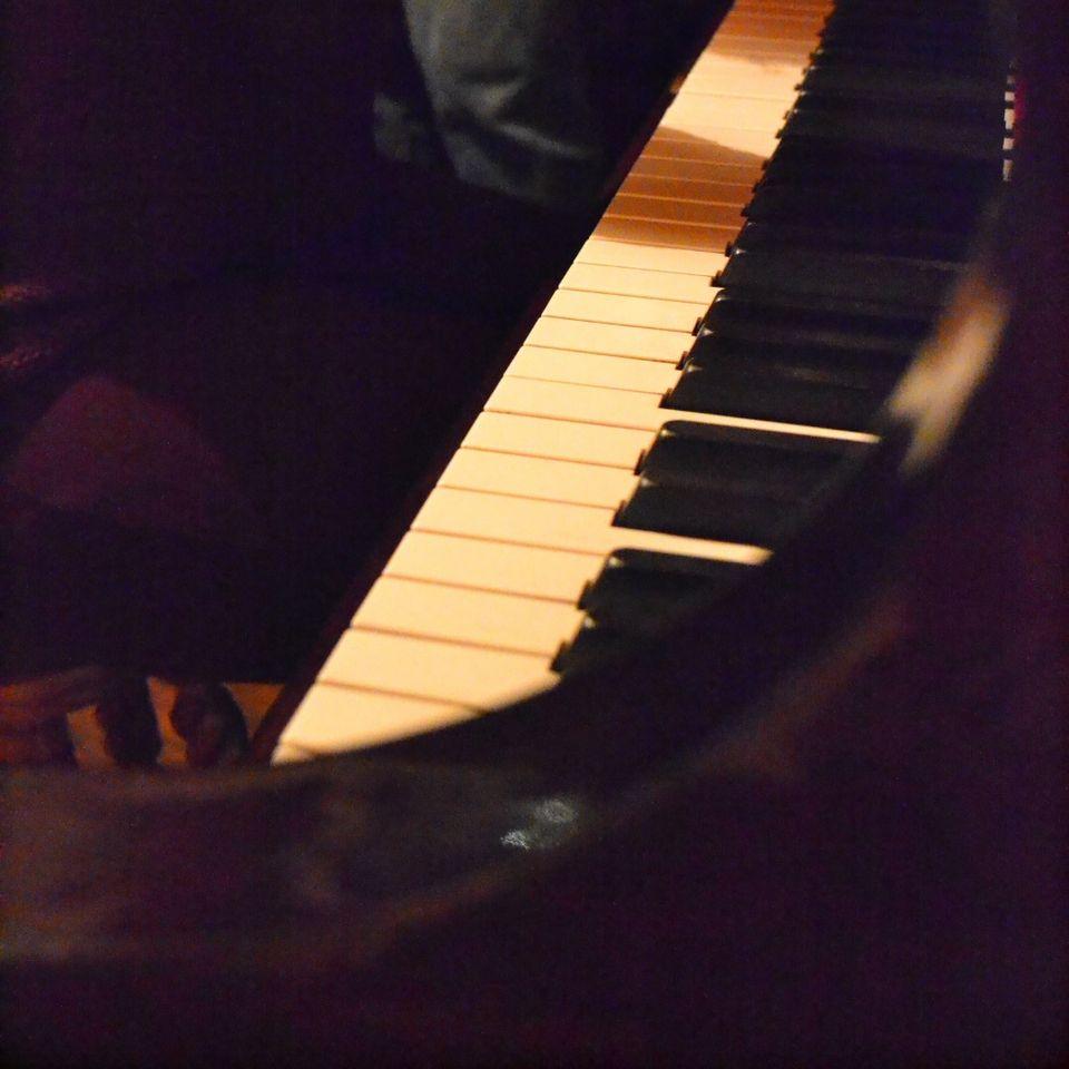 Suzanne Fournier au piano